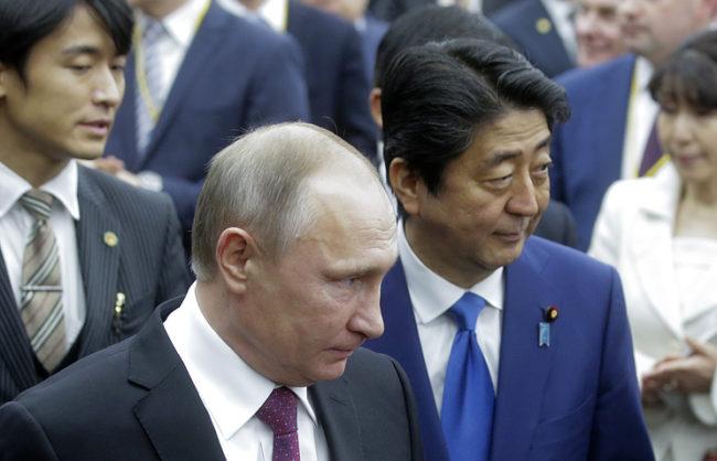 Абe високо оцени резултатите от посещението на Путин