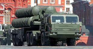"""Въздушната отбрана на Москва бе подсилена с нови С-400 """"Триумф"""". Видео"""