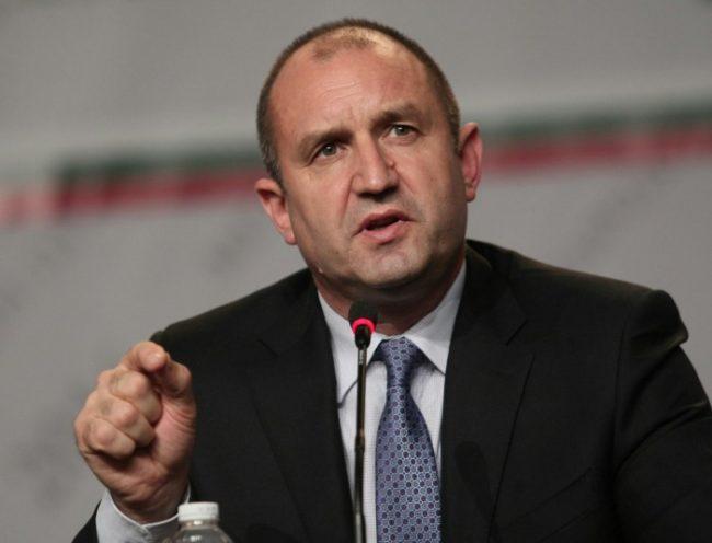 Радев: Няма полза от санкциите към Русия