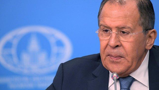 Лавров:  Тръмп трябва да участва в мирните преговори за Сирия