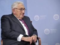 Кисинджър: трябва да се търсят договорености с Русия