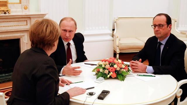 Путин, Меркел и Оланд обсъдиха ситуацията в Донбас