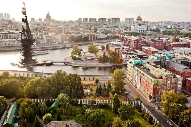 7 от най-скъпите и 7 от най-изгодните райони на Москва