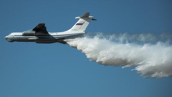 Противопожарен самолет Ил-76 се включи в овладяването на пожарите в Чили