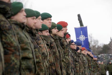 Експерт: НАТО трябва да бъде заменен от нов съюз, включващ Русия