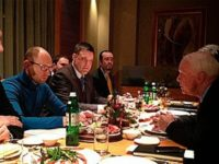 Украинската опозиция се срещна със сенатор Маккейн ,2013 г.