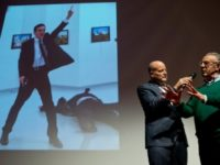World Press Photo обяви за снимка на година убийството на руския посланик в Турция