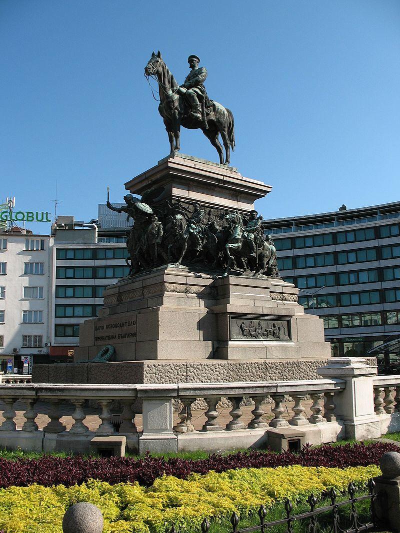 Паметникът на Цар Освободител в София