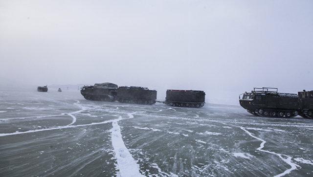 Руска военна експедиция достигна за първи път арктически остров по леда