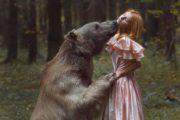 Прегръдката на звяра – една внушителна фотосесия от Русия