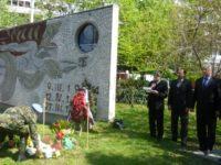 Откриха възстановения барелеф на Гагарин в Северен /СНИМКИ и ВИДЕО/