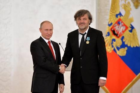 Кустурица: на света му трябва баланс и Путин може да го възстанови