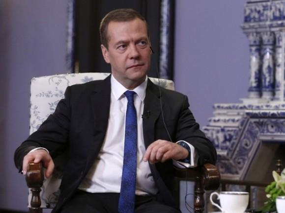 Медведев: Руската икономика влезе в стадий на растеж