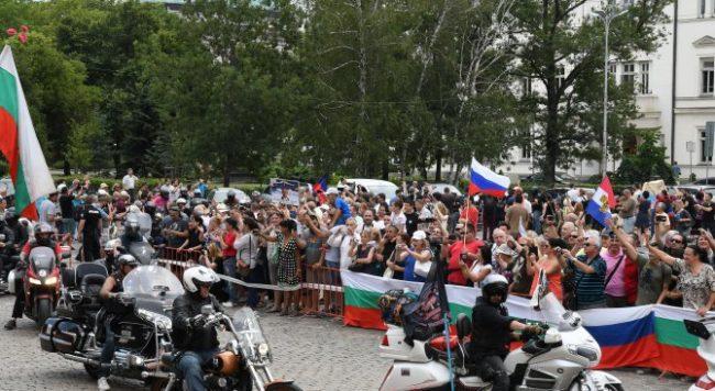 """""""Нощните вълци"""" отново идват в България"""