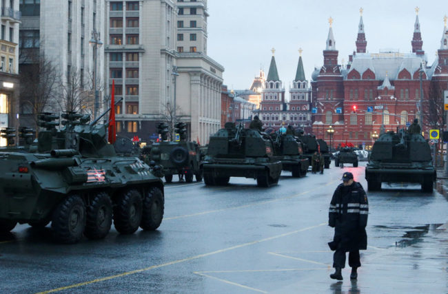 В Москва 10 000 души тренират за Парада на победата