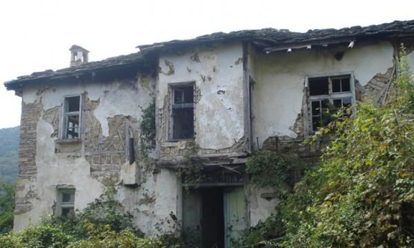 Руски граждани търсят безплатен дом в България, който да получат срещу стопанисване