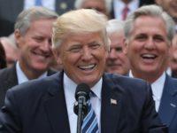 Тръмп: Русия тихичко се смее и ни гледа сеира!
