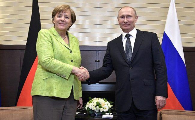 Deutsche Welle: Как в Берлин оцениха срещата на Меркел и Путин