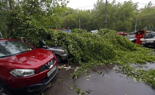 14 са жертвите на урагана в Русия