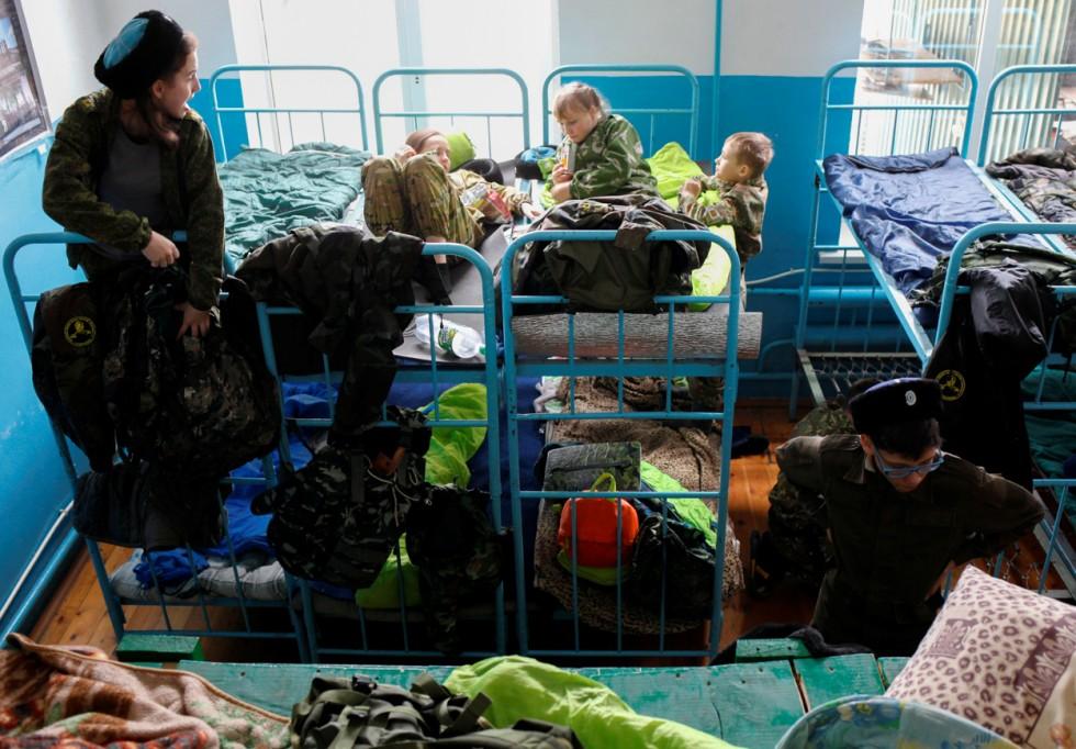 01_2017-03-29t135454z_250960512_rc1725d8ca90_rtrmadp_3_russia-military_b