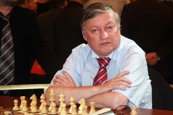 Гросмайстор Анатоли Карпов гостува на шахматен турнир в Стара Загора
