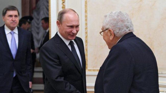 Путин се среща със знаков американски политик