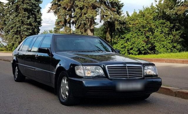 Продават Mercedes на Елцин