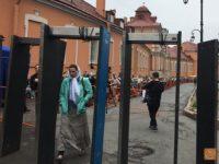 Вярващите в Петербург чакаха цяла нощ пред мощите на Николай Чудотворец