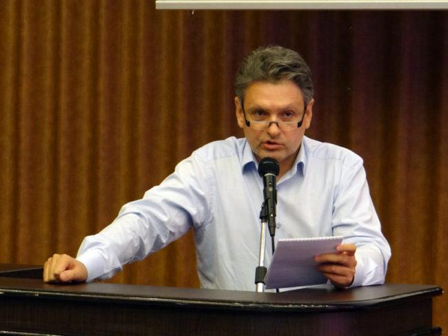 """Председателят на """"Русофили"""" Николай Малинов спечели убедително поискания от него вот на доверие"""