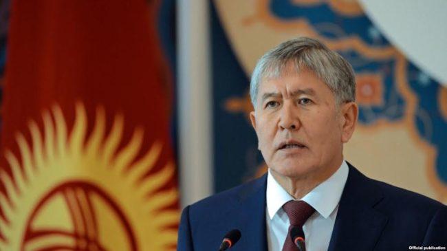 Президентът на Киргизстан не иска страната да сменя кирилицата с латиница