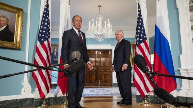 Лавров разясни на Тилърсън отговора на Москва срещу антируските санкции