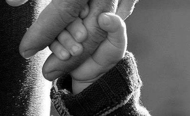 Русия стимулира раждаемостта с 300 лева месечна помощ за първо дете