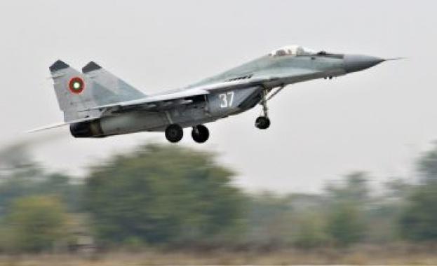 Забраниха на Русия да излага военна техника на авиоизложението Farnborough