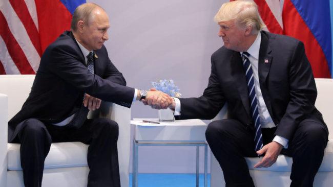 Кремъл не изключва възможността за среща между Путин и Тръмп