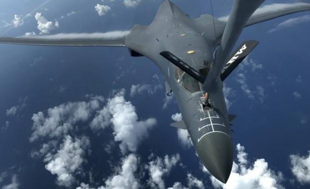 Американски самолет-разузнавач е прелетят снощи край Кримския полуостров
