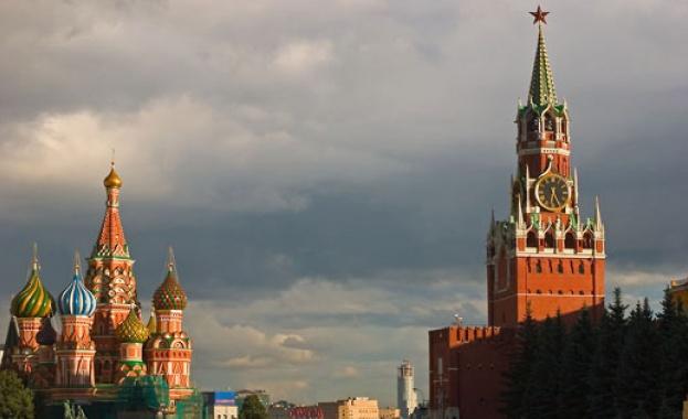 Кремъл превръща изборите в празник, за да повиши активността
