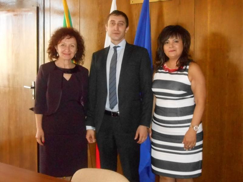 Среща на Александър Сичов а общинската администрация