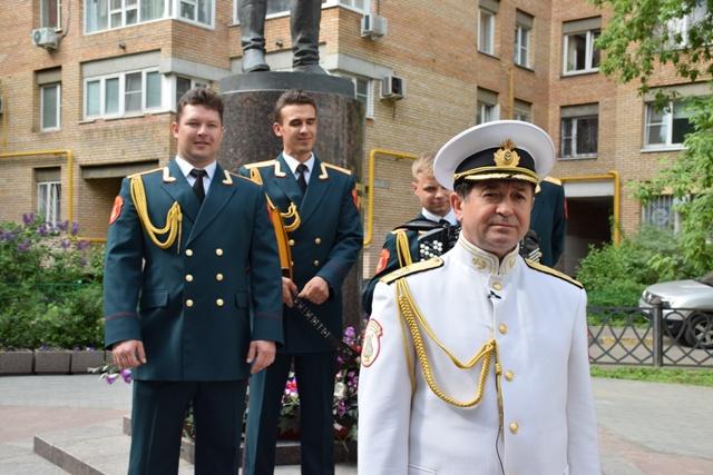 Солистът на състава Вадим Ананиев,