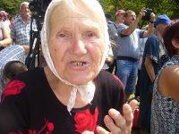 На събора край Копринка днес дойде и 83-годишната московчанка Антонела Пешлова, която от 1960 г. живее в Пазарджик като българска снаха