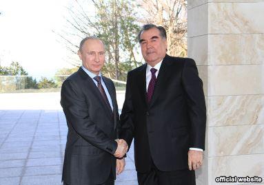 Путин разчита на нов етап за военно сътрудничество с Таджикистан