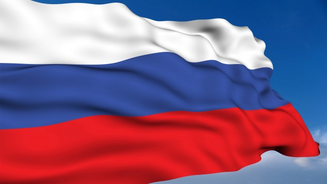 Протестиращи са издигнали флага на Русия върху зданието на парламента в Крим