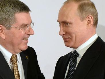 Владимир Путин и Томас Бах се поздравиха един друг за успешното завършване на Олимпиадата