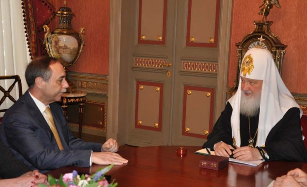 Патриарх Кирил се срещна с българския посланик в Москва