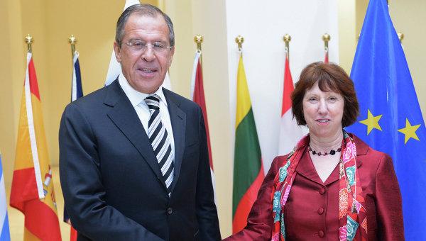Сергей Лавров и Аштън обсъдиха ситуацията в Украйна
