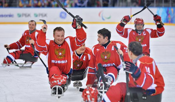 Отборът на Русия по следж-хокей достигна до финала на Параолимпиадата в Сочи
