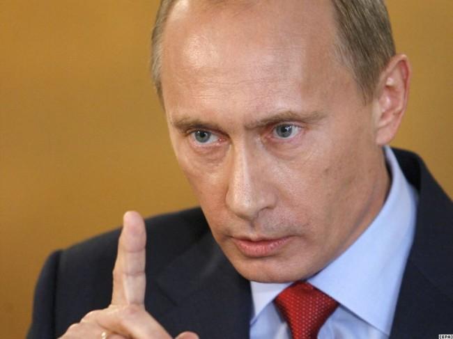 Владимир Путин: Западът превърна политическия живот в Украйна във фарс