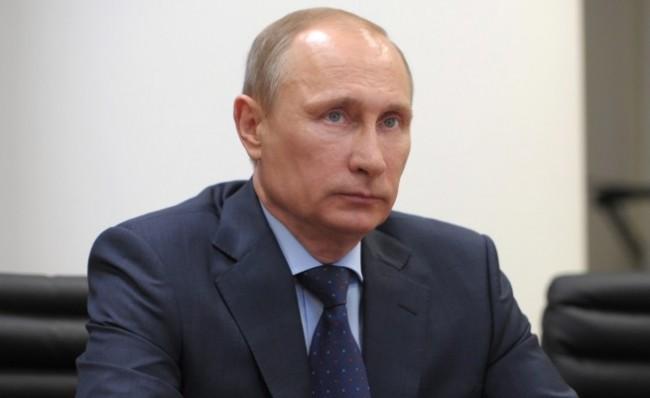 Владимир Путин подписа указ за признаването на Крим