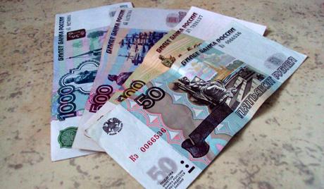 Руската рубла става валута на Крим