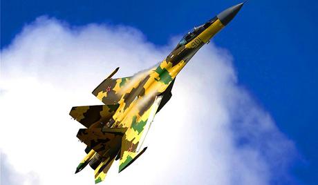 В Русия преминали първите полети на най-новите Су-35С