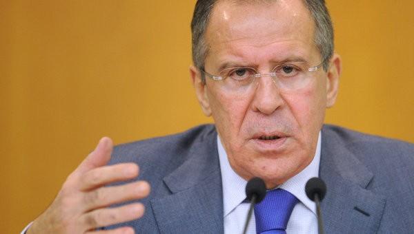 Сергей Лавров е удивен от подписването от Украйна на споразумението за асоцииране с ЕС